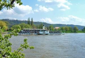sächsische dampfschiffahrt, raddampfer dresden - foto: die-infoseiten.de