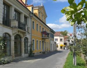 am Elberadweg Dresden Laubegast- unmittelbare Nachbarschaft zur Ferienwohnung